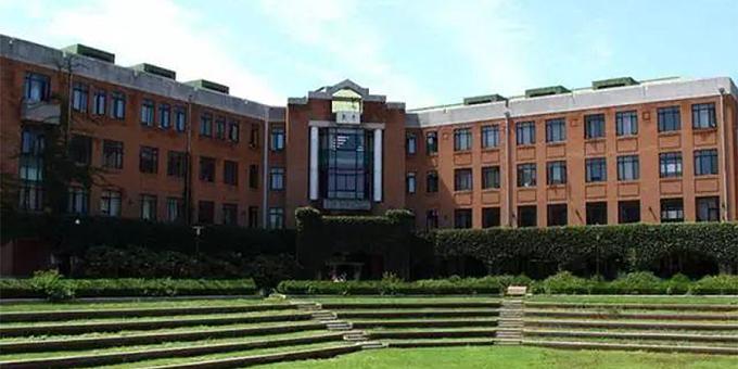 三轴搅拌桩:清华大学物理楼