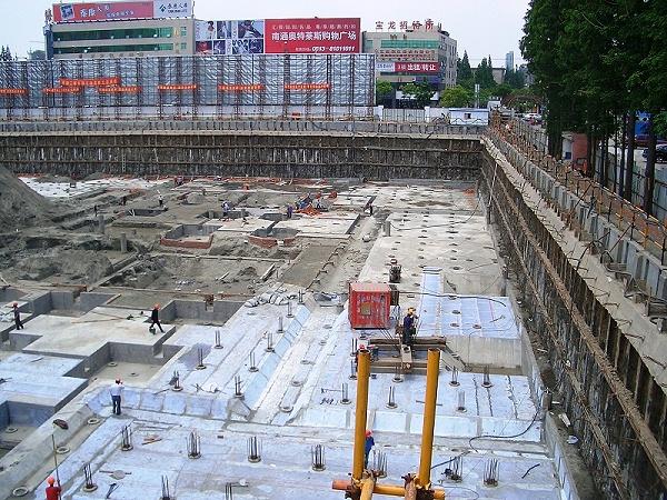 南通文峰金融大厦项目以完,深九米,沙行土