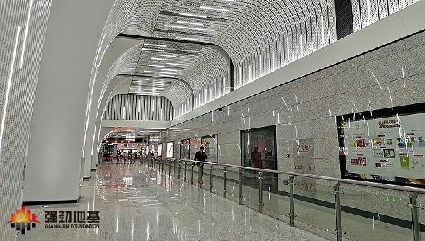 武汉地铁8号线一徐家棚站