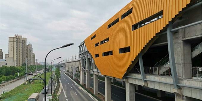 预应力鱼腹式基坑钢支撑+咬合桩:杭海城际铁路皮革城站地下空间